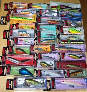 EXCELLENT LOT OF 30 RAPALA LURES FLOATERS SINKERS RATTLING GREAT VARIETY! #1