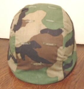 UNITED STATES OF AMERICA MILITARY MADE WITH KEVLAR HELMET W CAMO COVER X-SMALL