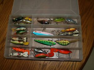 LOT OF 22 STORM~~RAPALA THIN FIN~HEDDON~FISHING LURES DIFFERENT SIZES~COLOR