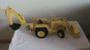 ERTL Ford #7500 Loader Backhoe Toy Construction Tractor 1:12 Diecast