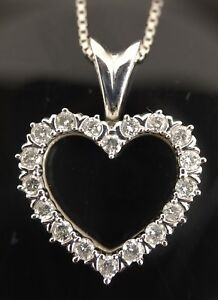 10k White Gold Diamond Heart Pendant 18