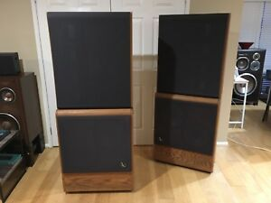 Infinity 4.5 home speaker system...mint condition and amazing sound