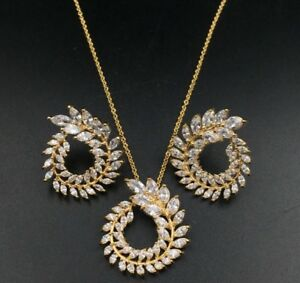 18K Gold Round Pendant Necklace Earrings Set made w Swarovski Crystal Pave Stone