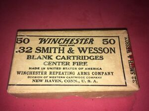 Vintage Winchester 32 Smith And Wesson Blank Cartridge Ammo Empty 2 Piece Box