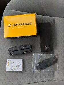 Leatherman Charge ALX Multi Tool Black Oxide with Molle Sheath and bits