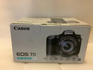 Canon EOS 7D Digital SLR Camera with EF-S 18-135mm f3.5-5.6 IS Lens Kit