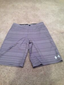 Under Armour Golf Shorts. Youth XL. Size 18. Brand New