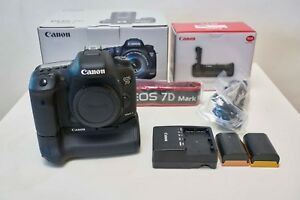 Canon EOS 7D Mark II kit with Batteries Grip 128GB CF card and more!