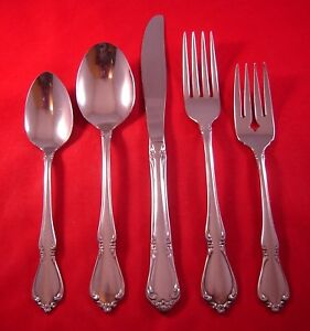 Oneida Chateau Glossy Stainless Flatware Your Choice