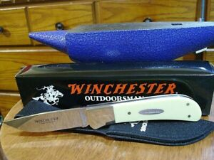 WINCHESTER HUNTING knife Yellow handle with sheath