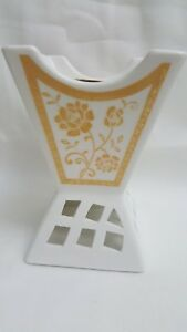 BAKHOOR OUD OUDH INCENSE BURNER CERAMIC WHITE GOLD FLORAL DESIGN FROM DUBAI