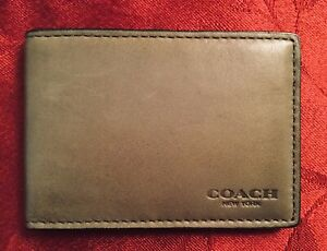New Coach Removable Insert w ID Window Mini Wallet Olive Green Calf Leather