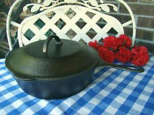 Lodge Cast Iron Hammered #8 Deep Skillet with Matching Lid and Heat Ring
