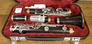 Vintage Yamaha YCL 34 Wood Clarinet With Vandoren 2RV Mouthpiece and Case