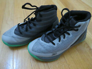 Under Armour UA Stephen Curry Youth Size 2 Basketball Shoes
