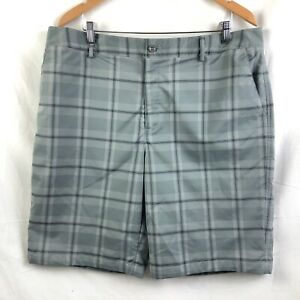 Under Armour Golf Shorts Mens Size 38 Gray Plaid Flat Front Polyester Stretch