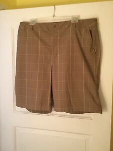 Mens UNDER ARMOUR PERFORMANCE TAN PLAID GOLF SHORTS Size 38 R