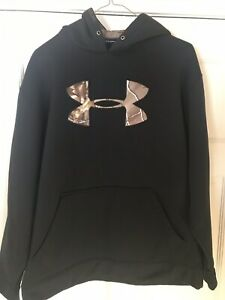 Under Armour Youth Size Large Loose Fit Black & Camo  Hoodie non smoking home