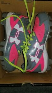 UNDER ARMOUR Softball Shoes With Cleats Girls Size 13K  PINK GREY Low Rm Jr.
