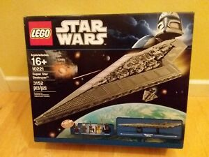 LEGO STAR WARS 10221 - Super Star Destroyer 3152 Pieces Sealed Brand New