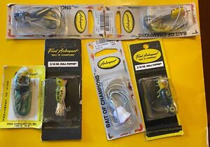 6 Vintage ABROGAST Fly Rod HULA POPPER 116 Feather Lures ON CARD