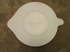 Pampered Chef Replacement lid for small batter bowl # 243S.  New.