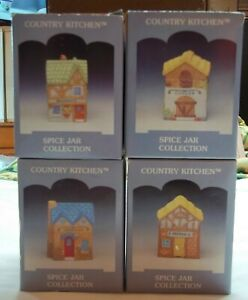 Country Kitchen Spice Jar  Lot of 4  Pepper,Ginger,Oregano, & Parsley