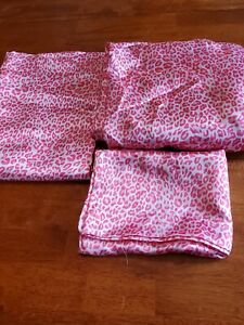 Vintage Divatex 3pc Pink Satin Animal Print Sheets1 Flat 1 Fitted 1pillowcase