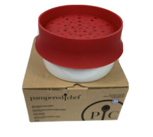 Pampered Chef Microwave Pasta Cooker Dish Pot Strainer #2633