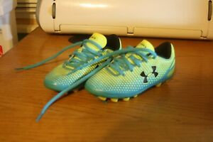 Under Armour, Cleats girls , size 11k.. VGC $6.00