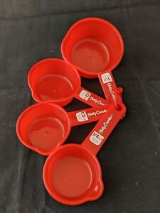 Betty Crocker Nesting Measuring Cup Set Red 1 1 2 1 3 1 4 cup E
