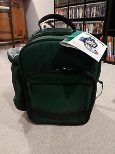 Picnic Time Basket YUKON Insulated Backpack Cooler Serves 4 Green NEW