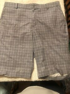 Nike Golf Tour Performance Dri Fit Gray Plaid Shorts Men's 33 ACTUAL 34 $7.00