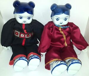 VTG PAIR OF CHINESE DOLLS BLUE AND WHITE CERAMIC PORCELAIN HEAD HANDS amp;FEET $20.00