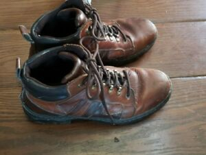 BASS EARTH CARBON MENS LEATHER BOOTS SHOES HIKING WORK 10 1 2 10.5 M