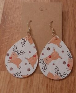 Clearance Reindeer Christmas Winter Light Weight Faux Leather Dangle Earrings $2.00