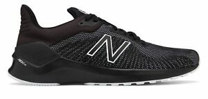New Balance Mens VENTR Shoes Black with White $55.99