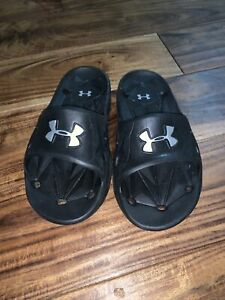 Youth Unisex Under Armour Sandals Size 2Y 0121 $15.00