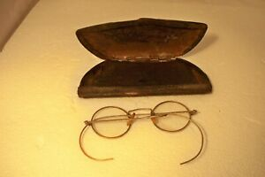 Vintage Antique Round Oval Wire Rimmed Silver Toned Eyeglasses w. Case $17.95