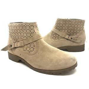 Tevas Suede Perforated Delavina Buckle Ankle Boots 7.5 $39.99