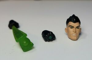 DC Universe Classics Green Lantern Sodam Yat head amp; two right hands only no fig $16.00