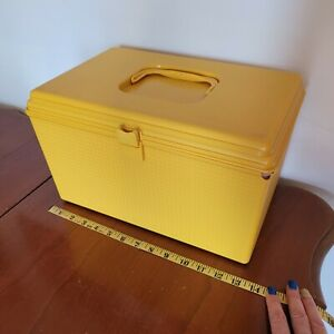 Vtg Sewing Box Wil hold Gold Plastic Two Tier Gently Used Wilson Mfg. USA DEFECT $20.00