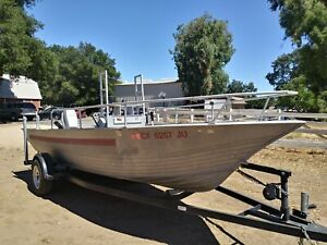 Gregor center console fishing boat