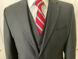 Reserve Collection Made in USA Tailored Fit Three Piece Suit size:41R W34 new $160.00