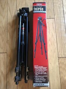 """Focal 55"""" Two Angle Tripod w Geared Rise amp; and 1 Touch Locking #20 08 86 NEW $59.00"""
