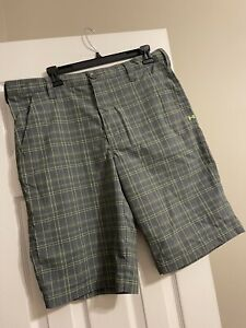 Under Armour golf shorts SIZE 34 $16.00