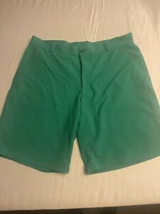 Under Armour Golf Shorts Thin Stripes Flat Front Size 40 Green Excellent $17.99