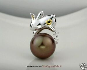 18K (750) white gold Chocolate Pearl Q&D design Rabbit Diamond Pendant