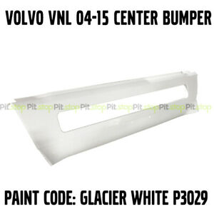 VOLVO TRUCK 04-15 AFTERMARKET PAINTED WHITE CENTER BUMPER FACIA 82728568