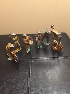 vintage soldiers tin lead set of 7